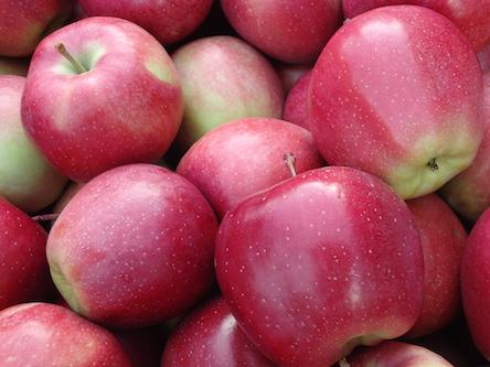 Кисло-сладкие яблоки