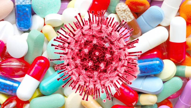 Доктор Мясников рассказал об ошибке при лечении коронавируса дома